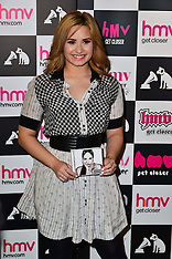 MAY 28 2013 Demi Lovato Signing