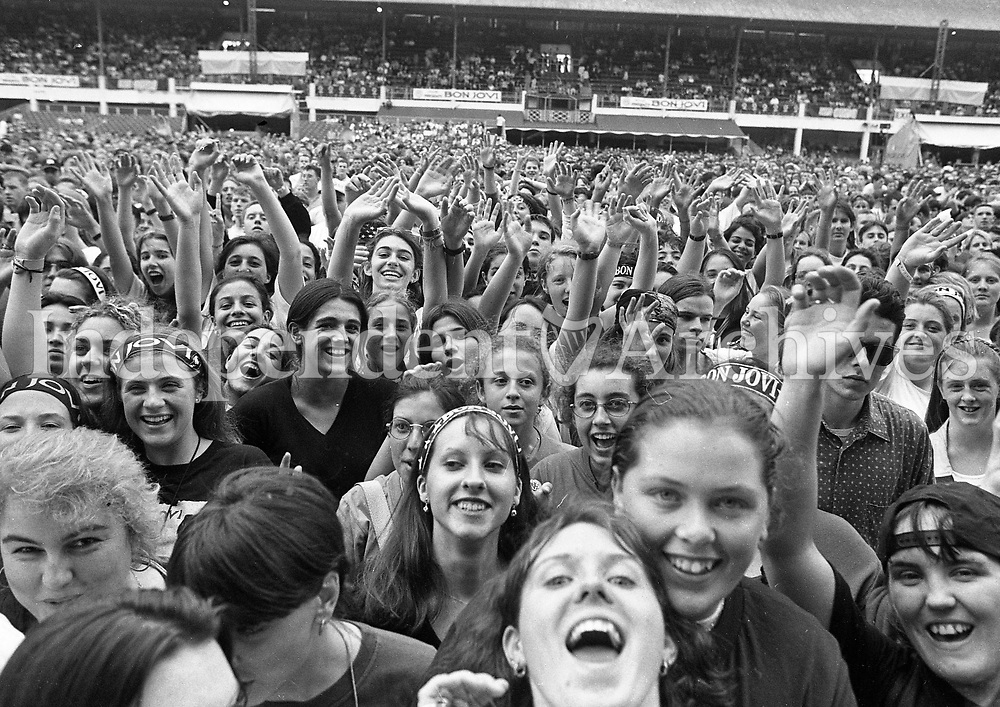 Bon Jovi fans at the RDS, Dublin, 13/07/1996 (Part of the Independent Newspapers Ireland/NLI Collection).
