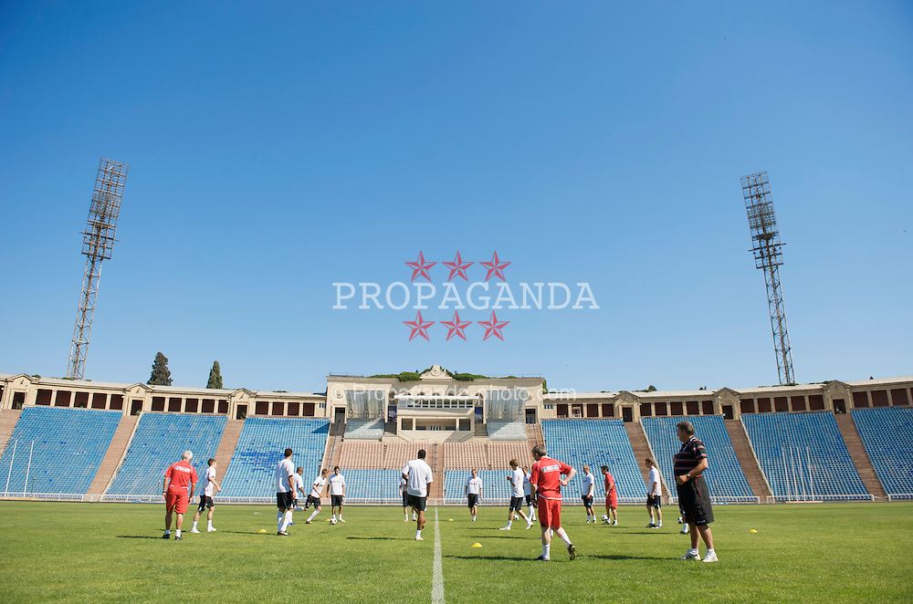 BAKU, AZERBAIJAN - Thursday, June 4, 2009: Wales' players training at the Tofig Bahramov Stadium ahead of the 2010 FIFA World Cup Qualifying Group 4 match against Azerbaijan. (Pic by David Rawcliffe/Propaganda)