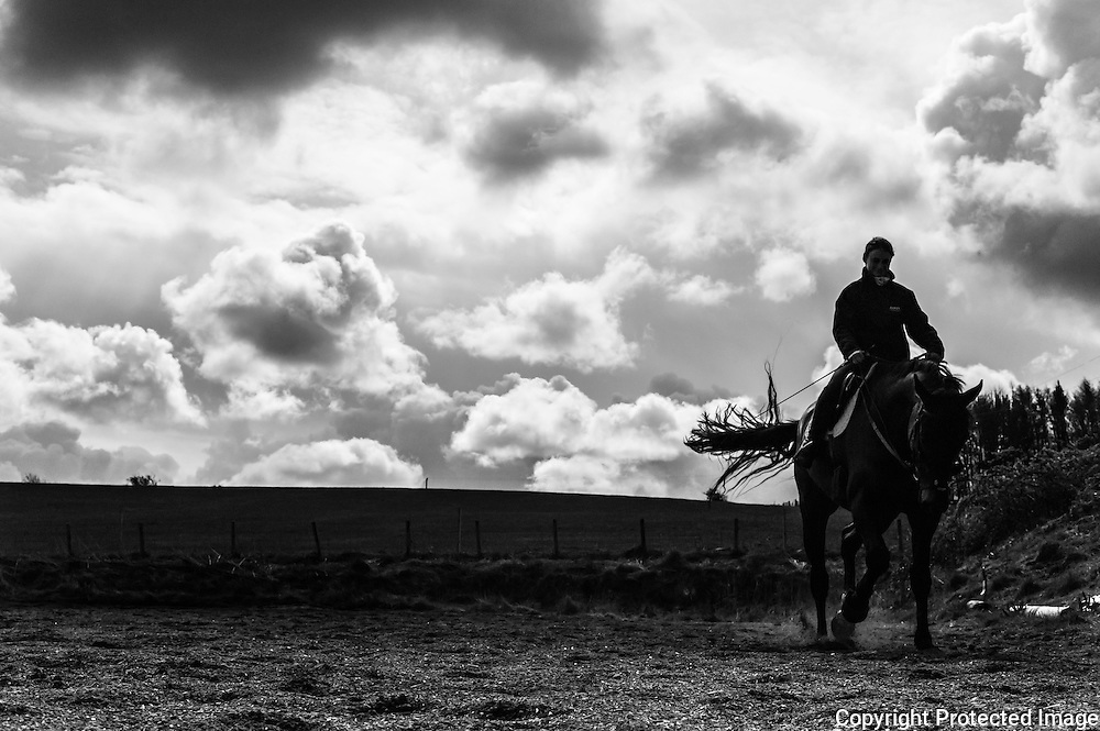 Ancrum, Jedburgh, UK. 27th April 2016. Four star eventer Emily Galbraith schools a horse in the Belses yard.