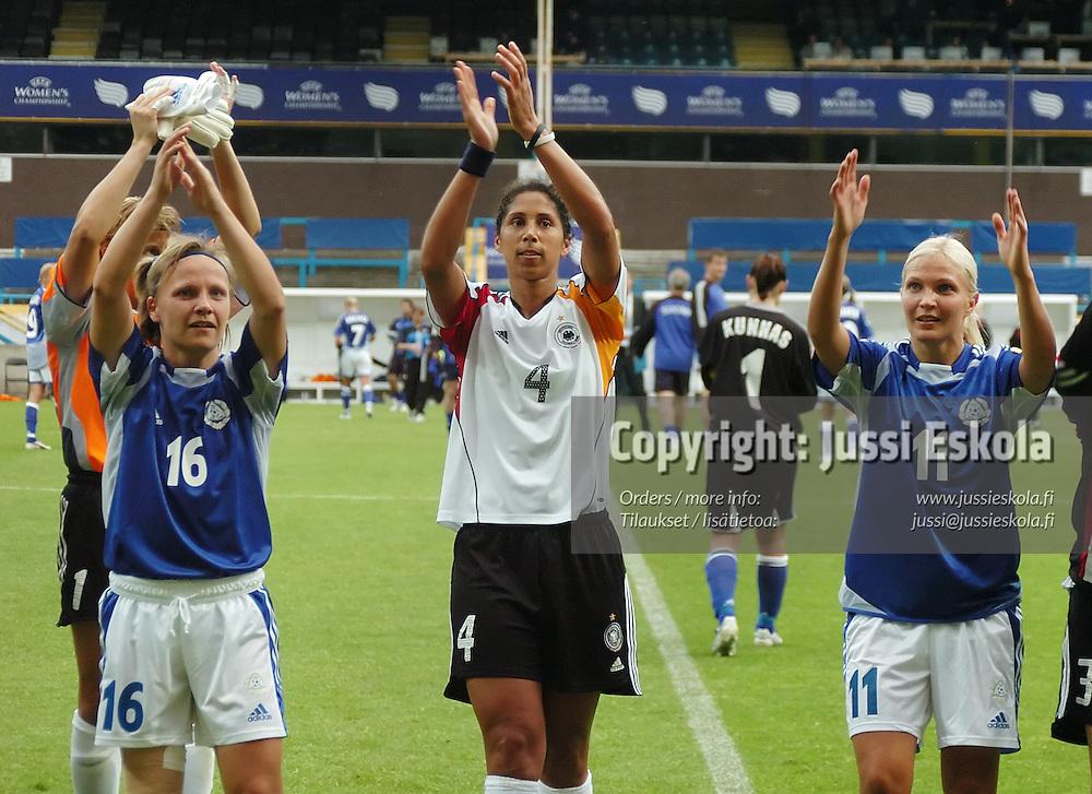 Naisten EM-turnaus, Englanti, kes&auml;kuu 2005.&amp;#xA;Photo: Jussi Eskola<br />