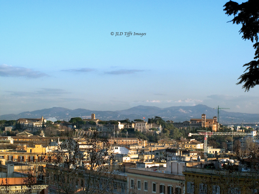 Rome Historical Center: cityscape from the Janiculum ...