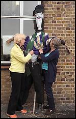 SEP 20 2014 Arkley Village Scarecrow Fete 200914