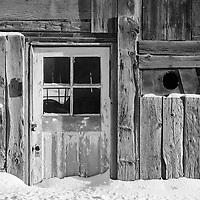 http://Duncan.co/old-door-in-the-snow