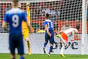 AMSTERDAM - Nederland - USA , Amsterdam ArenA , Voetbal , oefeninterland , 05-06-2015 , Nederlands elftal speler Klaas Jan Huntelaar (r) scoort zijn 2e doelpunt voor de 2-1