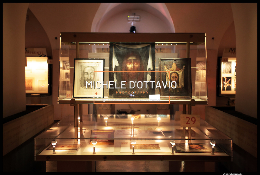 Il Museo della Sindone è dedicato al lenzuolo che secondo la tradizione avvolse il corpo di Gesù Cristo. Ha sede nella cripta della chiesa SS. Sudario di Torino e presenta un'informazione completa sulle ricerche sindonologiche dal '500 ad oggi, cogliendo gli aspetti storici, scientifici, devozionali ed artistici.