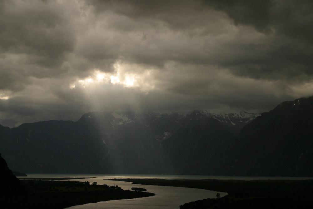 Scenic near Chacabuco, Chile, Feb. 8, 2004. Daniel Beltra/Greenpeace.