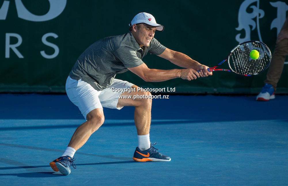 Finn Tearney in action during the mens singles final in the Pascoes NZ Tennis Champs held at the ASB Tennis Arena in Auckland. <br /> Credit; Peter Meecham/ www.photosport.nz