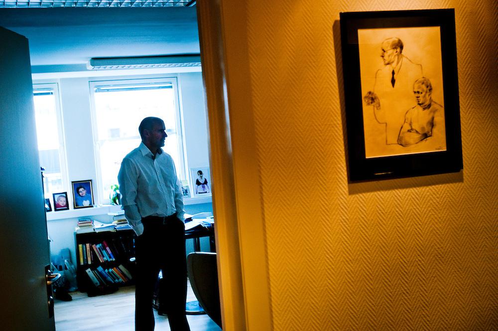 Advokat Geir Lippestad kommer försvara Anders Behring Breivik..Father of seven (soon eight) Geir Lippestad will be representing Anders Behring Breivik..