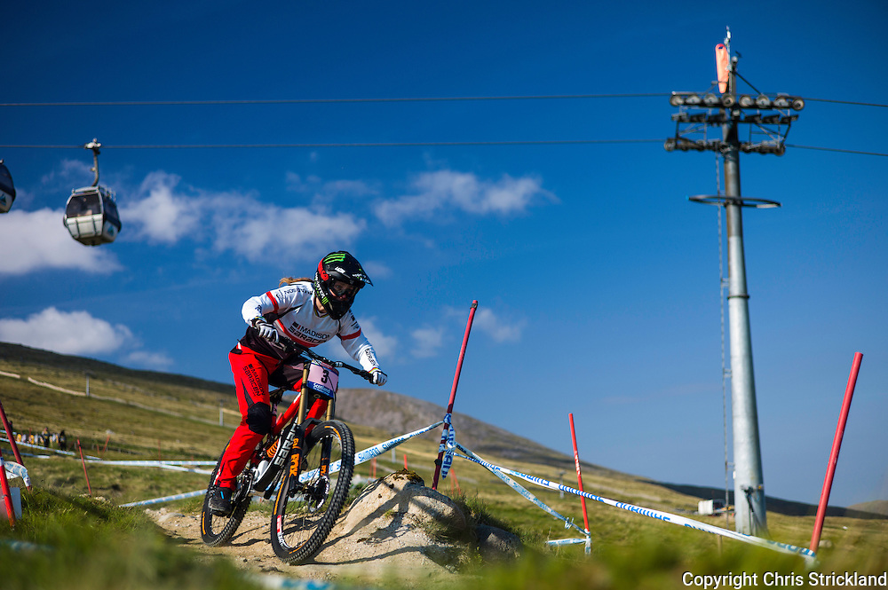 Nevis Range, Fort William, Scotland, UK. 5th June 2016. Manon Carpenter of Wales in action on the finals day of the World Cup. Manon lead the ladies after qualifying. The worlds leading mountain bikers descend on Fort William for the UCI World Cup on Nevis Range.