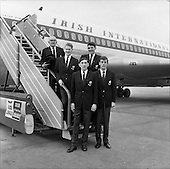 1962 - The Irish Relay 4x880 Team flies out from Dublin Airport for tour of the United States