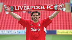 050114 Liverpool sign Morientes