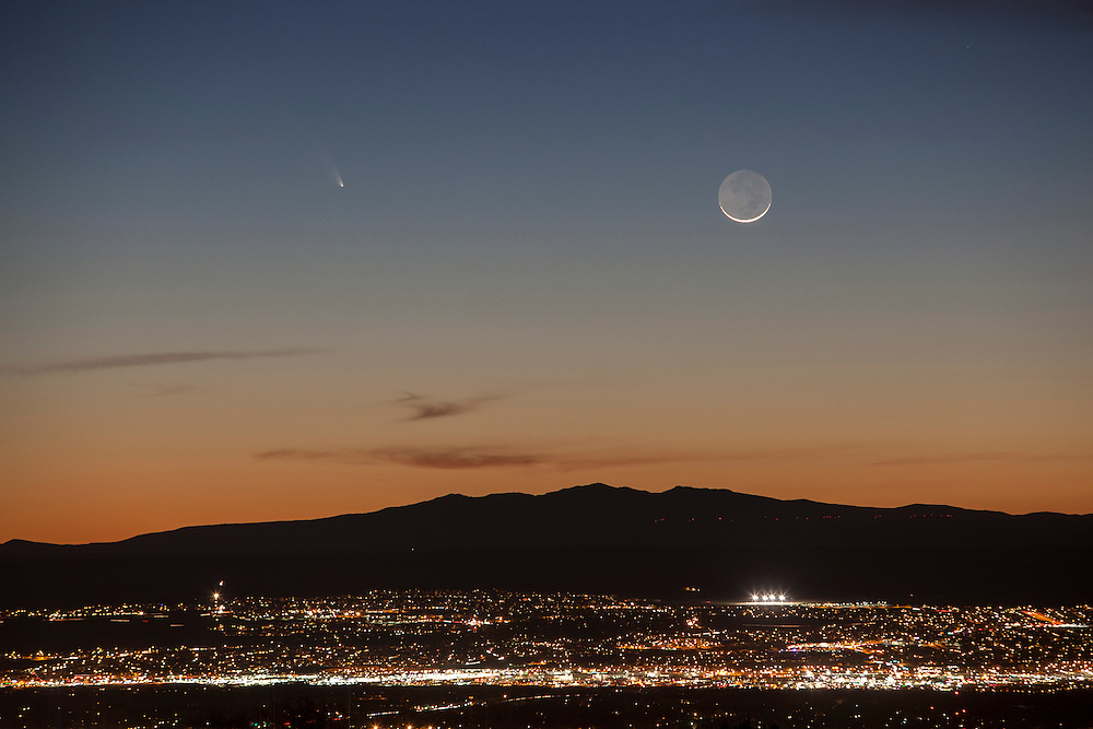 Comet PANSTARRS is seen over the western horizon and just above Mount Taylor Tuesday evening, March 12, 2013, from Albuquerque NM. (Morgan Petroski/Journal)