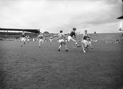 Neg No: 860/a1769-a1778,..4091955AISHCF,..04.09.1955, 09.04.1955, 4th September 1955,.All Ireland Senior Hurling Championship - Final,..Wexford.03-13,.Galway.02-08,..