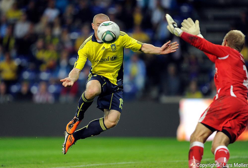 DK Caption:<br /> 20110911, Br&oslash;ndby, Danmark:<br /> Superliga fodbold, Br&oslash;ndby - HB K&oslash;ge:<br /> Mikkel Thygesen, BIF Br&oslash;ndby. scorer sit andet m&aring;l med brystet til kampens resultat 5-0<br /> Foto: Lars M&oslash;ller<br /> <br /> UK Caption:<br /> 20110911, Brondby, Denmark:<br /> Superleague football  Brondby - HB K&oslash;ge:<br /> Mikkel Thygesen, BIF Br&oslash;ndby. scorer sit andet m&aring;l med brystet til kampens resultat 5-0<br /> Photo: Lars Moeller