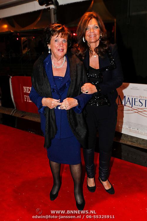 NLD/Utrecht/20100927 - NFF 2010 - premiere Majesteit, Toos van der Valk - van de Capelle en dochter Carlita