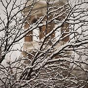 Snow falls on campus. (Gonzaga University photo)