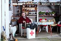 P&aring; billedet: Erik F&oslash;hns, Klingeskov 17, Klintebjerg, Otterup<br /> Sund i Syd, Nummer 01 2013 tema: Medicin
