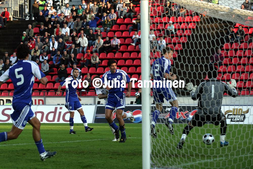 20.08.2008, Ratina, Tampere, Finland..Yst?vyysottelu Suomi - Israel / Friendly International match Finland v Israel.Jonatan Johansson heads the first goal for Finland.©Juha Tamminen.....ARK:k