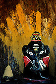 Sri Lanka - Ganesh shrine Collection