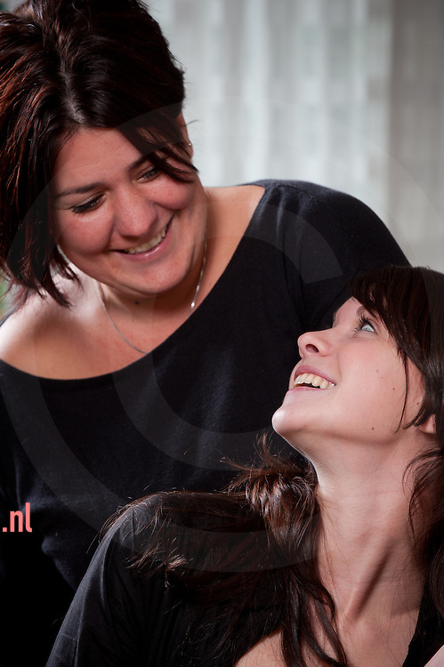 nederland, kampen, 08nov2012 coach Susan Endeman(l) en Coachee Marieke