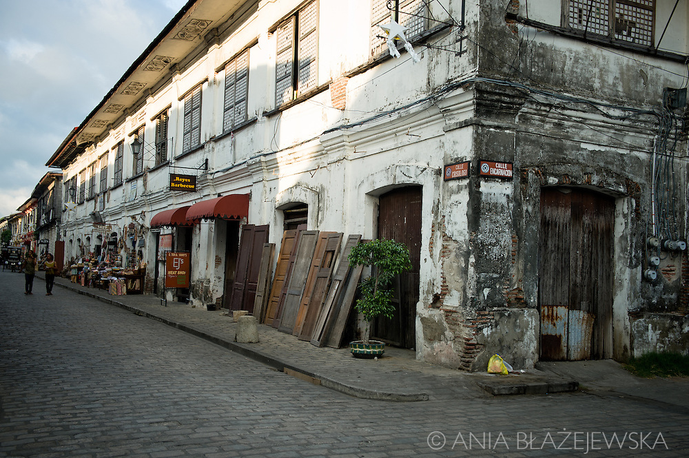 Architecture of Vigan.<br /> Ilocos Sur and Ilocos Norte are the Filipino provinces situated on Luzon Island and famous for heritage town of Vigan, windmills of Bangui, white sand beach of Pagudpud not to mention former president Marcos, who was born there.