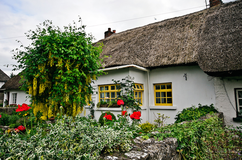 Thatched cottages in adare ireland alison cornford matheson for Adare house
