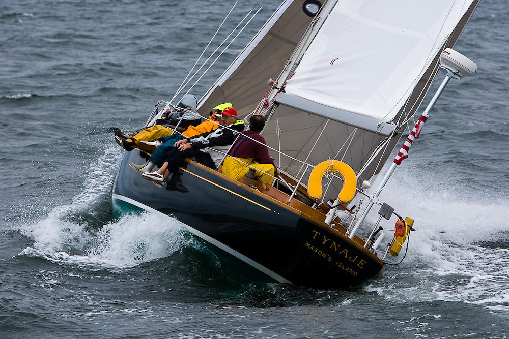 Big winds to no winds marked the Off Soundings CLub's Fall Series Regatta. The annual fall regatta is raced in Long Island Sound and Gardiner's Bay.