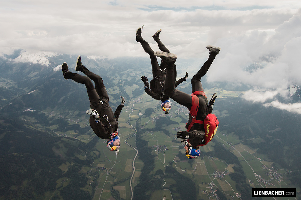 Tracing jump with Marco Waltenspiel, Georg Lettner and Dominic Roithmair of the Red Bull Skydive Team
