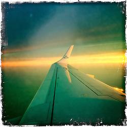 iPhone5 Hipstamatic flight pics