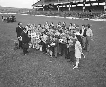 Tour groups visit Croke Park..04.07.1974  4th July 1974