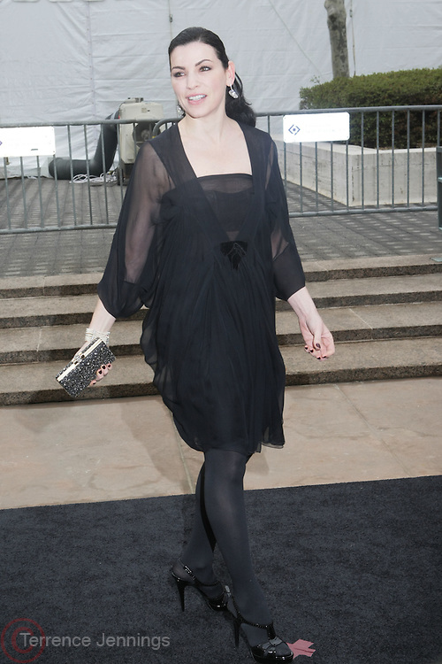 Julianna Marguiles arrive at The Metropolitan Opera's 125th Anniversary Gala and Placido Domingo's 40th Anniversary Celebration underwritten by Yves Saint Laurent held at The Metropolitian Opera House, Lincoln Center on March 15, 2009 in New York City.