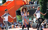 AMSTERDAM - COPYRIGHT ROBIN UTRECHT Zangers Sharon Doorzon <br /> 23-08-2016 ALGEMEEN: HULDIGING THUISKOMST TEAMNL: AMSTERDAM RAI