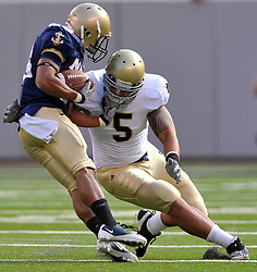 Manti Te'o makes a tackle against Navy, 2010 at the New Meadowlands in New Jersey.