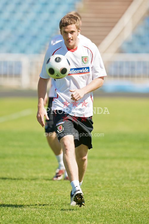 BAKU, AZERBAIJAN - Thursday, June 4, 2009: Wales' Andy King training at the Tofig Bahramov Stadium ahead of the 2010 FIFA World Cup Qualifying Group 4 match against Azerbaijan. (Pic by David Rawcliffe/Propaganda)