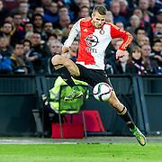 ROTTERDAM - Feyenoord - AZ , Voetbal , Eredivisie, Seizoen 2015/2016 , Stadion de Kuip , 25-10-2015 , Speler van Feyenoord Bart Nieuwkoop mist een hoop voorzetten door verkeerde aanname in de 1e helft