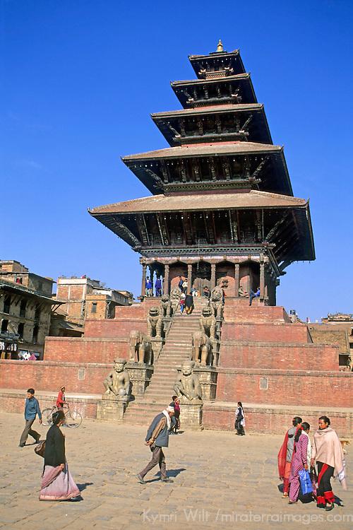 Asia, Nepal, Kathmandu, Bhaktapur. Nyatapola Temple.