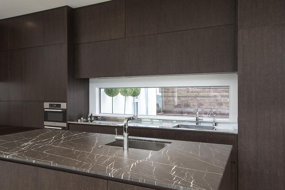 Kitchen Link. December 2016.  Photo:Gareth Cooke/Subzero Images