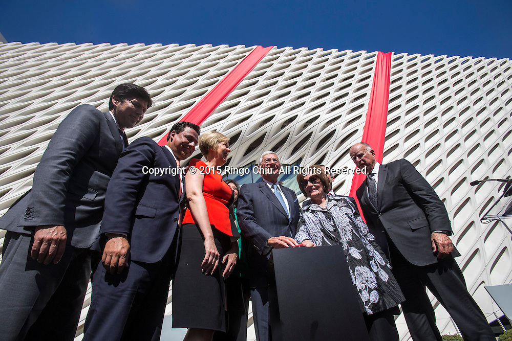 Gov. Jerry Brown, Mayor Eric Garcetti and others attend a ribbon-cutting ceremony during the civic dedication at The Broad on September 18, 2015 in downtown Los Angeles.  The Broad, the contemporary art museum built to house the 2,000-piece collection acquired over decades by billionaire philanthropist Eli Broad and his wife, Edye. (Photo by Ringo Chiu/PHOTOFORMULA.com)