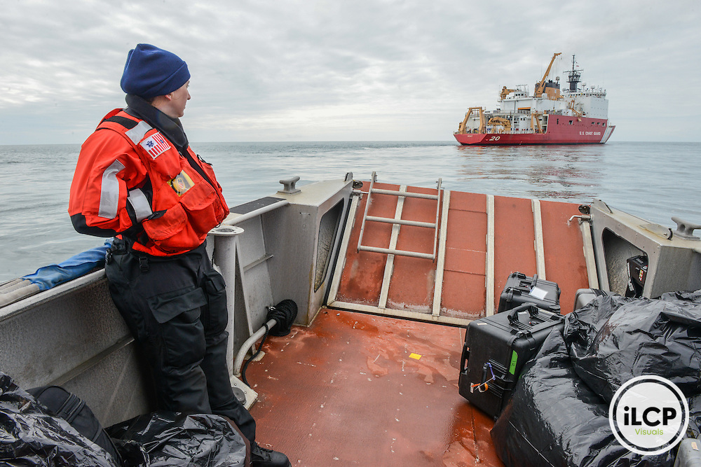 Science and tech team are boardning for US Coast Ship Healy for a Rescue and Research mission in the Arctic Ocean. Nome, AK, 07.08.2015, Esther Horvath / iLCP