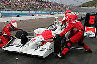 Sam Hornish Jr. pits at the Phoenix International Raceway, XM Satellite Radio Indy 200, March 19, 2005