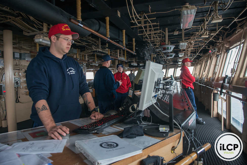 US Coast Guard Ship Healy bridge. 07.20.2015, Esther Horvath / iLCP