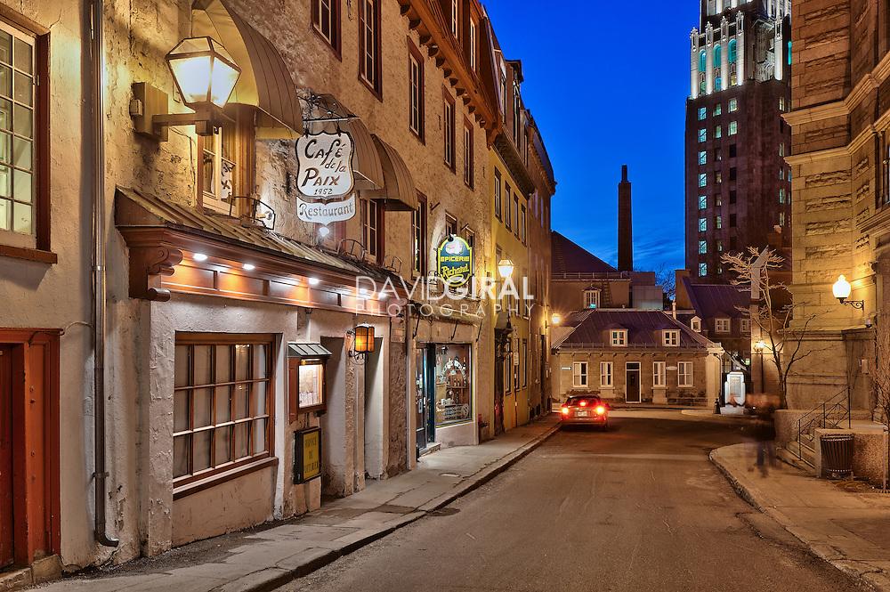 Blue hour on Restaurant Caf&eacute; de la Paix, Qu&eacute;bec city, Canada<br /> Heure bleue au restaurant Caf&eacute; de la Paix, rue des Jardins, ville de Qu&eacute;bec, Canada