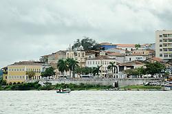 Cidade de Penedo, as margens do rio Sao Francisco. // City of Penedo the banks of the Sao Francisco river.  Foto: Cesar Duarte/Argosfoto - Penedo, AL - Brazil - 2013