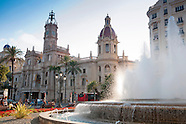 Exploring the Spanish city of Valencia by bicycle