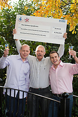 2010-10-27_Holmes Syndicate Doncaster Lottery Winners