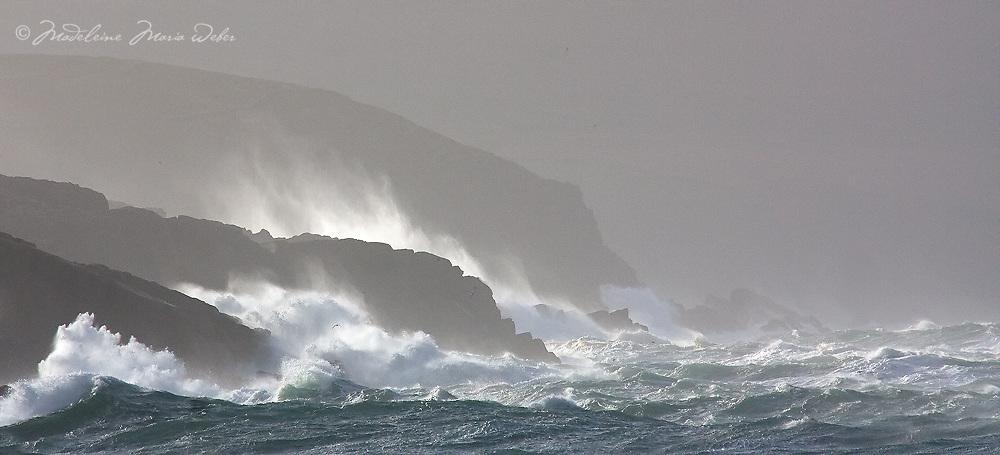 Stormy irish weather at southwest coastline of County Kerry, Ireland / sm014