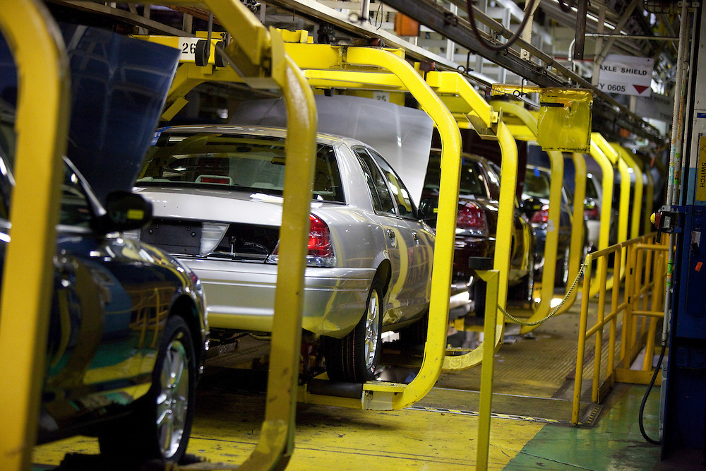 London, ONT.: September 8, 2011 -- A Crown Victoria's makes its way through the production line at Ford's St. Thomas, Ontario Assembly plant during one of the final shifts at the plant September 8, 2011. The plant is scheduled to wrap up production of the vehicle on September 15, 2011.<br />  (GEOFF ROBINS for National Post)