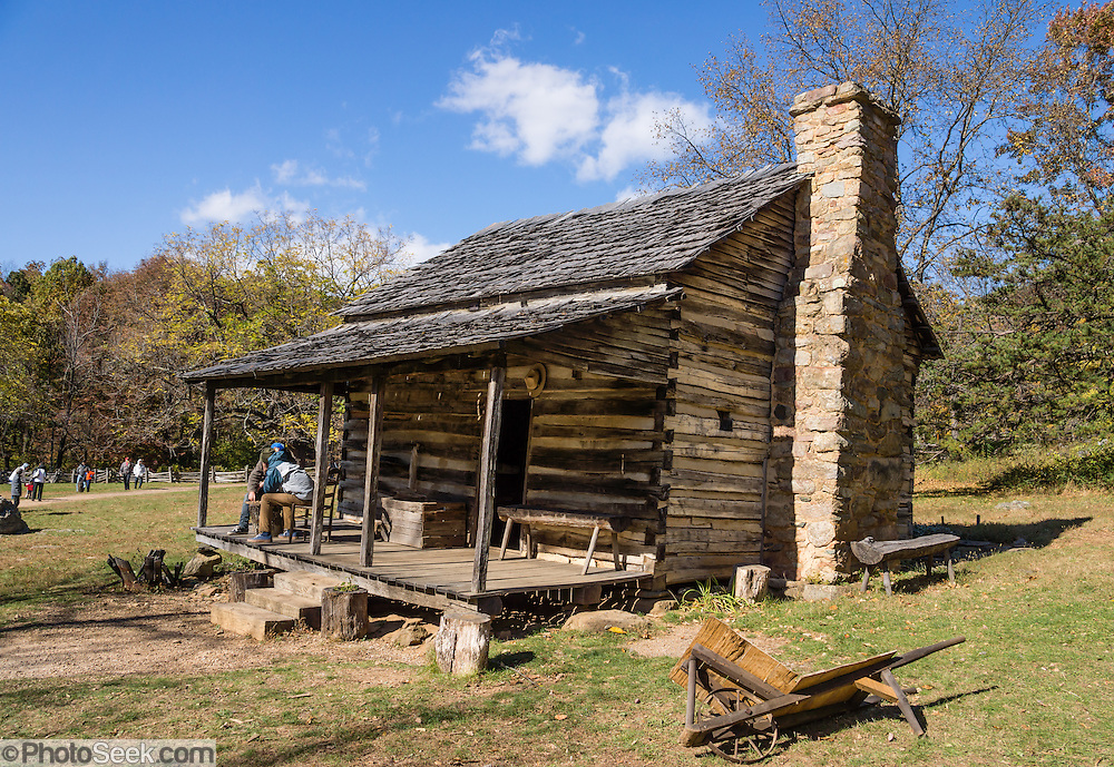 Humpback Rocks Mountain Farm Cabin Blue Ridge Parkway Mp