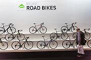 In de Jaarbeurs in Utrecht wordt de beurs BikeMotion gehouden. De beurs staat geheel in teken van de sportieve fietsen, zoals racefietsen, mountainbikes of toerfietsen. Op de beurs kunnen de liefhebbers de nieuwste modellen en ontwikkelingen zien en er zijn allerlei fiets gerelateerde activiteiten, zoals een mountainbike parcours. <br /> <br /> In the Jaarbeurs in Utrecht, the Bike Motion exhibition is held. The trade fair is entirely dedicated to the sports bikes, including road, mountain or touring bikes. At the fair, the fans can see the latest models and developments, and there are all kinds of bicycle-related activities, such as a mountain bike trail.